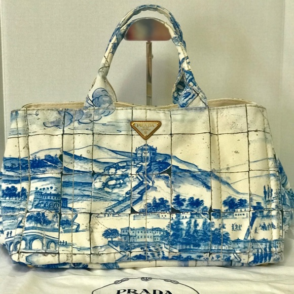13030fe07527 Authentic Prada Canapa Stampata Canvas Tote Bag. M_5aeb27f5f9e5019ee9e85723